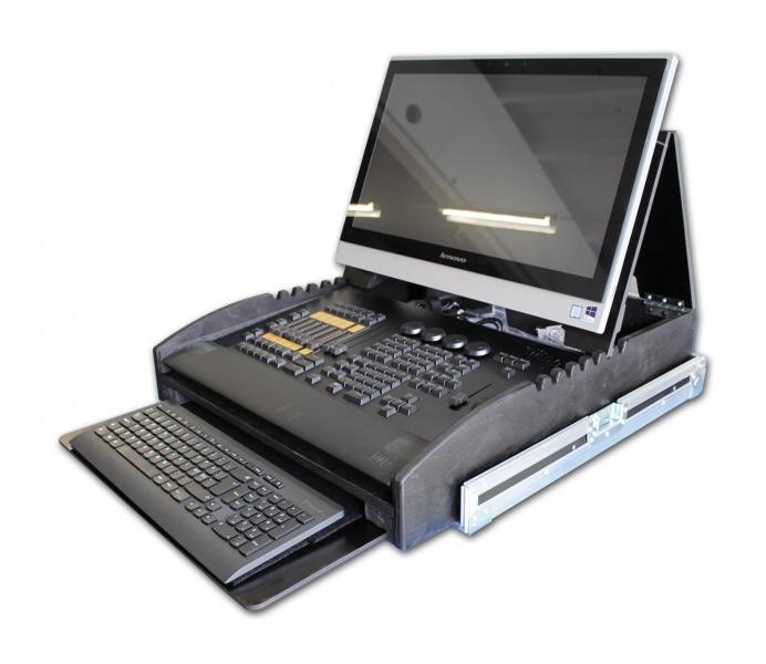 flightcase for ma commandwing med pc tastatur og mus. Black Bedroom Furniture Sets. Home Design Ideas